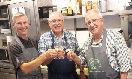Drei Hougos kochen